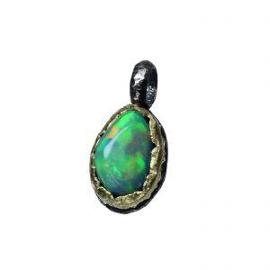 BONA ROCA  Edel Opal Anhänger Charm natürliche Form 14 Karat Gold Silber Fassung OP14-501