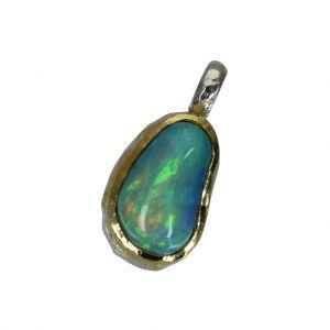 BONA ROCA  Edel Opal Anhänger Charm tropfenförmig geschliffen Fassung 18 Karat Gold mit Sterling Silber OP18-507